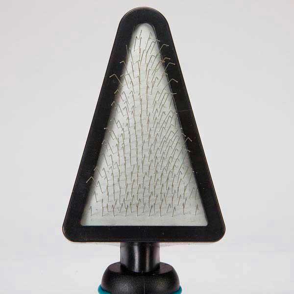 Треугольная щетка