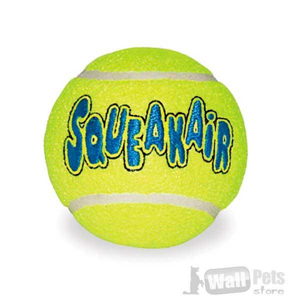 Kong® мячики с пищалкой внутри (упаковка: 3 шт)  Kong® мячики с пищалкой внутри, сочетают мягкость с теннисного мяча с восторгом пищащей игрушки. Изготовлена из прочной, высококачественной резины и мягкого войлока. Собаки будут бегать, прыгать и выпрашивать Air Kong® пищащий мяч Долговечные, высококачественные игрушки для собак Air Kong® Изготовлена из резины и мягкого войлока